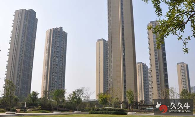 武汉光谷地产楼盘备案六千被指以一万出售