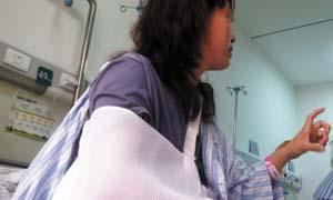 女子随团赴泰游摔骨折 旅行社一审被判需担4成责任