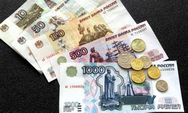 由于卢布贬值     俄罗斯民众购买力下降