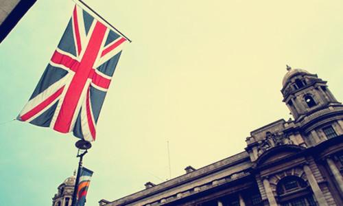 英国首相梅退欧进程遇阻