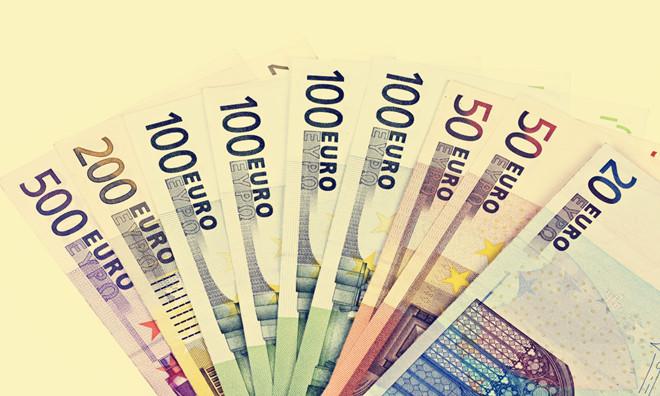 欧元兑美元于平盘附近窄幅震荡