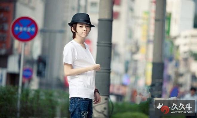 韩国网红模特朴亨锡和孙花敏 .jpg
