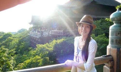 台湾女艺人林立雯        录影中趣谈婚后生活