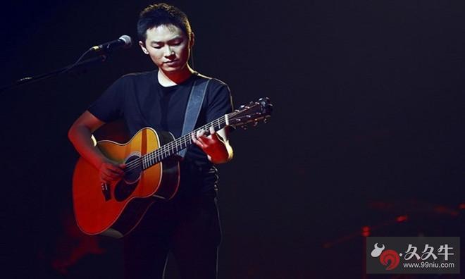 《中国好声音》第一季冠军梁博 .jpg
