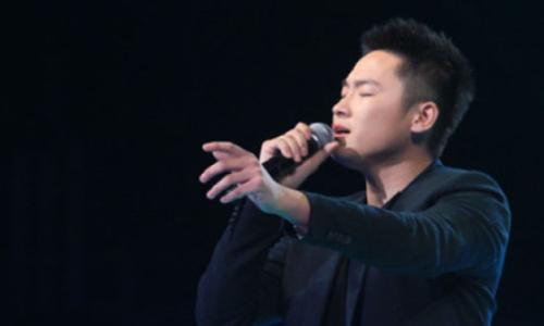 《中国好声音》第一季冠军梁博       因封杀在娱乐圈消声匿迹