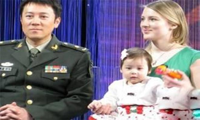 揭开蔡国庆的个人资料      其老婆到底是什么人呢