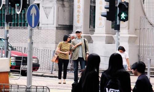 郑少秋大女儿郑安仪被曝光        与父亲关系不和睦