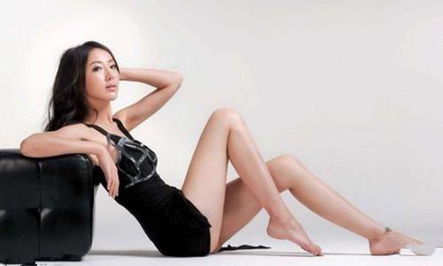 隋棠拍广告忘记戴胸罩      春光外泄实在是让人遐想