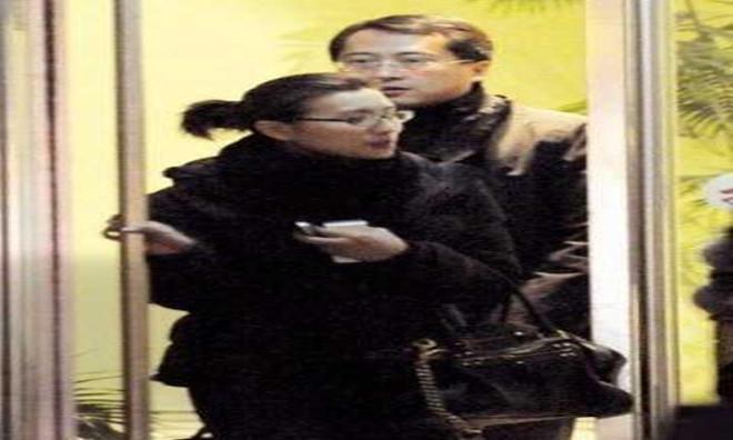 刘海峰个人资料     这个事业有为的男人背后的女人是谁