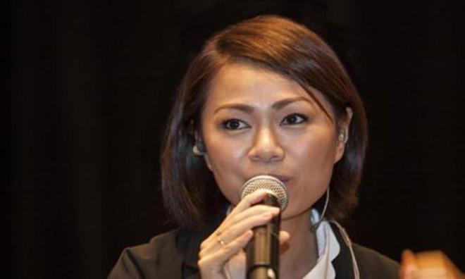 印尼华侨向洋女朋友是谁?    他是结婚了吗?