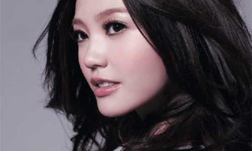 吴若希是谁      她在16年上映的使徒行者中演谁